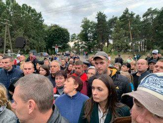 Протестующие решили продолжать блокировать российский уголь / Фото: Facebook/Семен Семенченко