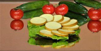 Колбасный сыр содержит канцерогены / Фото: beonlive.ru