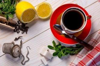 Диетолог посоветовала, что чай можно пить с сыром и орешками – С чем пить чай без сладкого