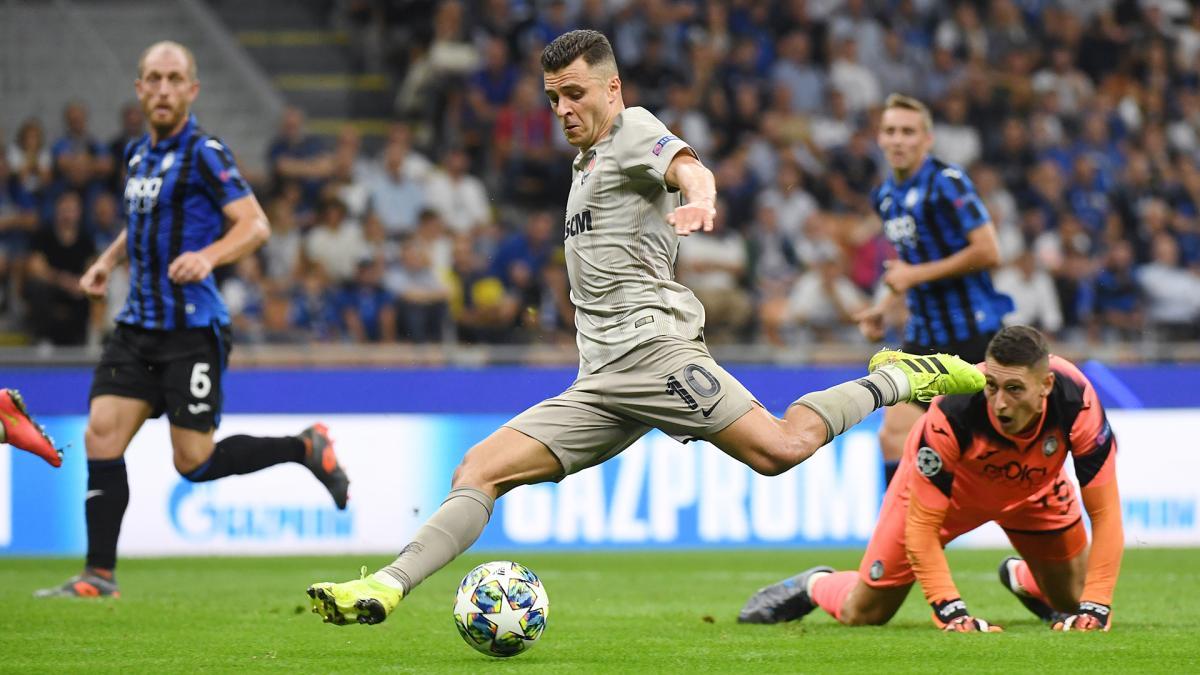 Жуниор Мораес забивает первый гол Шахтера в этой Лиге чемпионов