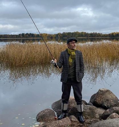 Сергей Шнуров высмеял отдых Владимира Путина в тайге - Путин новости