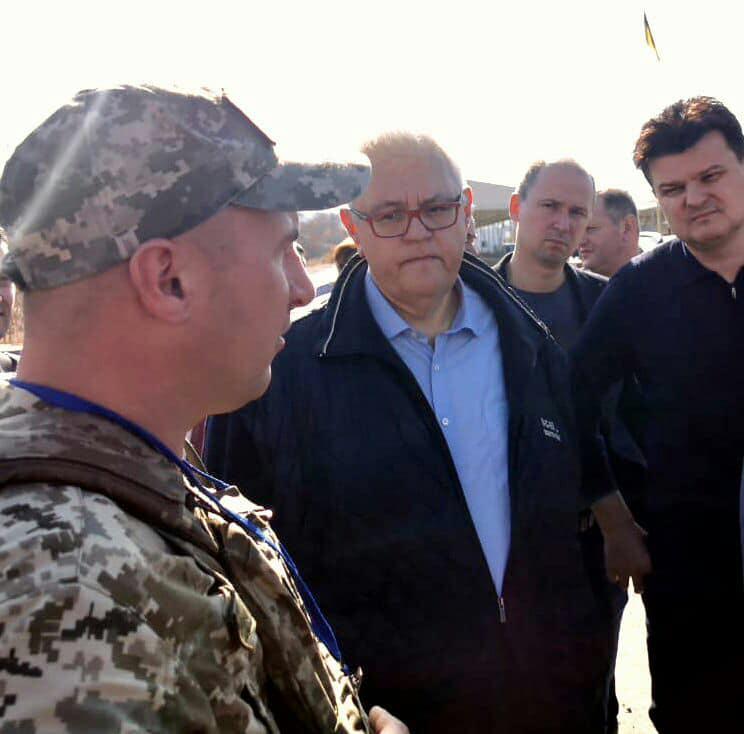 Сивохо и нардепы отправились на Донбасс