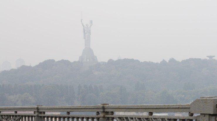 Київ, дим, туман
