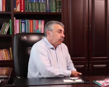 Кашель - симптом какой-то болезни, заявил Евгений Комаровский - Кашель причини