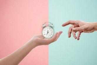 часы_переход на зимнее время_перевод на летнее время