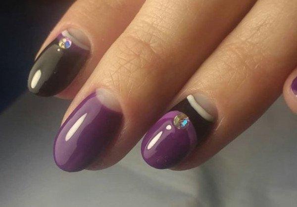 Модный фиолетовый маникюр