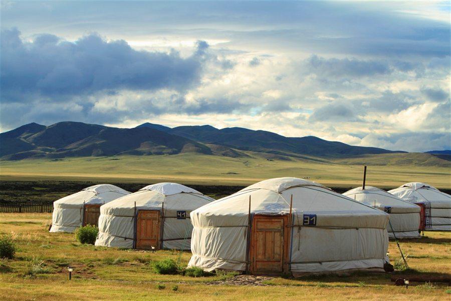 Монголия, юрты