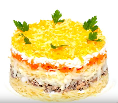 Классический салат мимоза может украсить новогодний стол 2020 - Новогодние рецепты салатов 2019