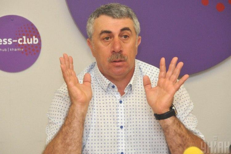 Родители обязаны показывать сыпь ребенка врачу, сказал Евгений Комаровский - Сыпь у детей, что делать