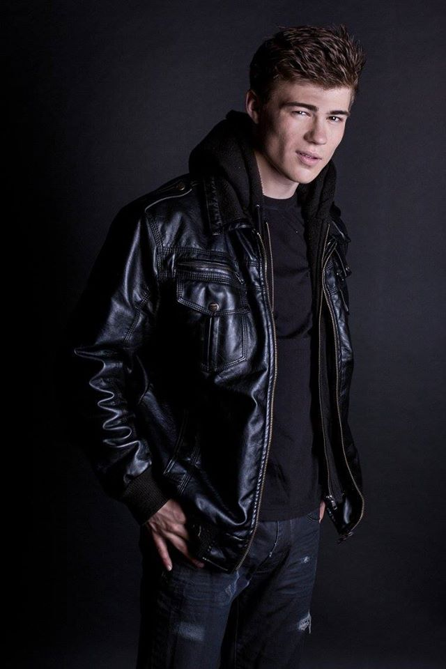 Перші Ластівки актеры: Максим Самчик