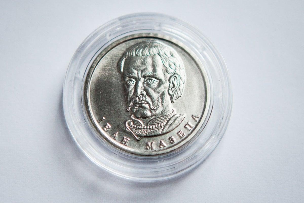 В Украине вводят новые банкноты и монеты