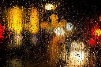 Смог у Києві та пилова буря – синоптик обіцяє порятунок