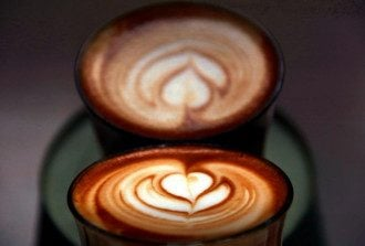 Диетолог посоветовала, что человеку, которого беспокоит бессонница, лучше не пить кофе - Почему нельзя пить кофе