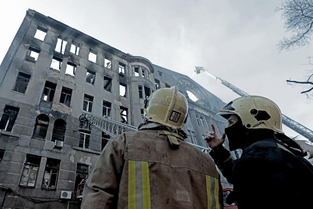 Пожар в Одессе: СБУ обвинила спасателей попытке уничтожить улики