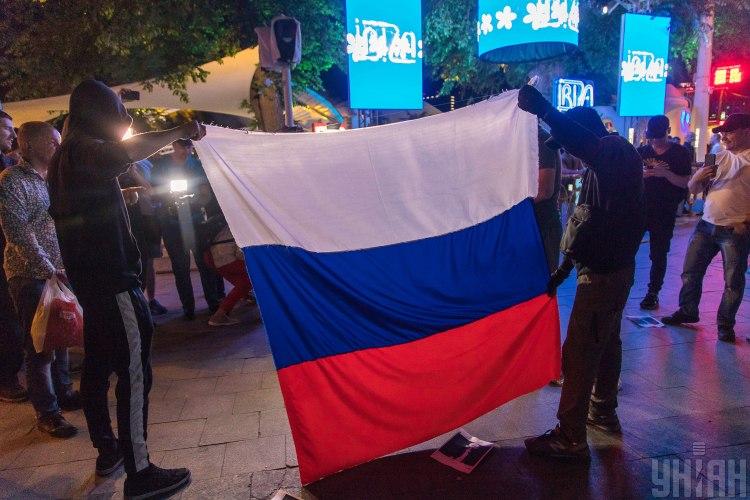 Журналист считает, что раковая опухоль России - путинизм - Россия новости