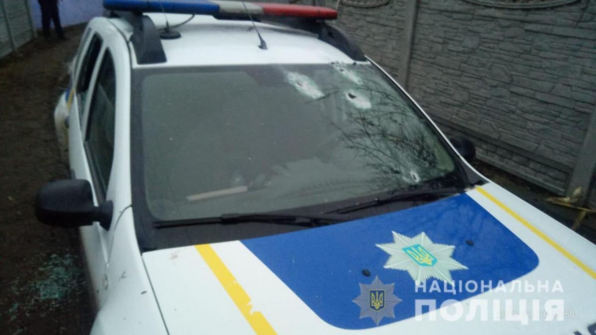 На Киевщине из ружья расстреляли авто копов - Новости Украины
