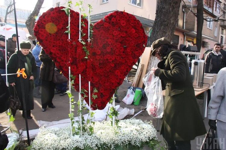 Стрельцам 17 декабря лучше воздержаться от революции в любви - Гороскоп 2019