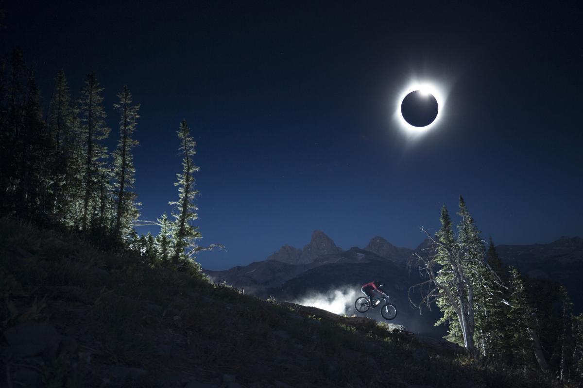 Собрана самая интересная информация насчет июньского затмения Солнца – Солнечное затмение 21 июня 2020 года