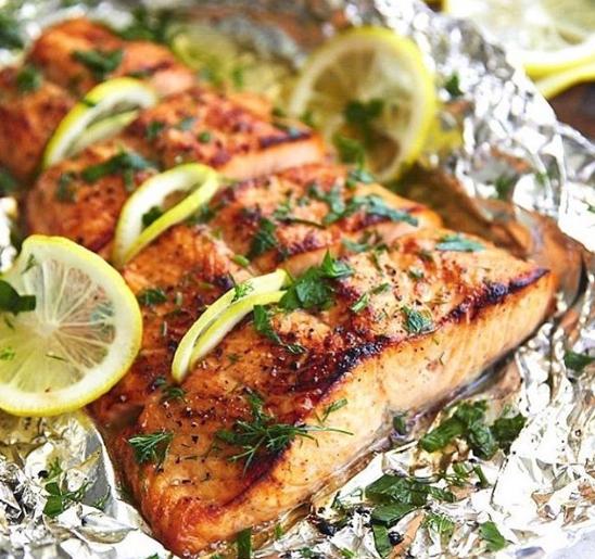 Чтобы задобрить Крысу, в меню на Новый год 2020 можно включить блюда из рыбы