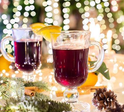 Дома сварить глинтвейн можно из вина или из каркаде - Глинтвейн рецепт