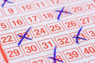 В разгуле нелегального азартного бизнеса и упадке настоящей лотереи виноваты чиновники, - президент лотерейного оператора
