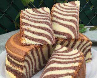 Торт Зебра легко можно испечь в мультиварке