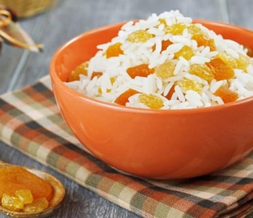 Рождественская кутья с рисом готовится с сухофруктами, медом и орехами - Кутья - рецепт
