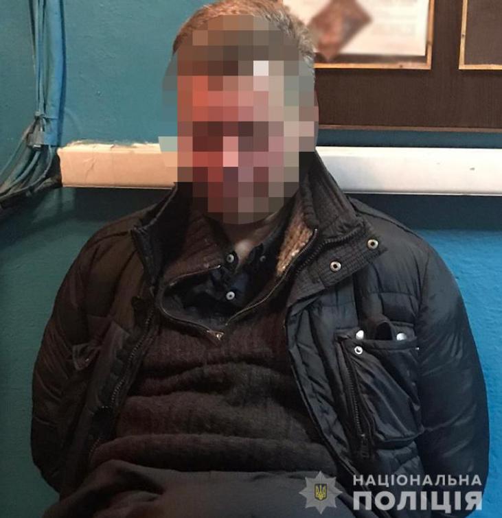 В метро Киева мужчина ударил копа, злоумышленнику грозит до пяти лет тюрьмы