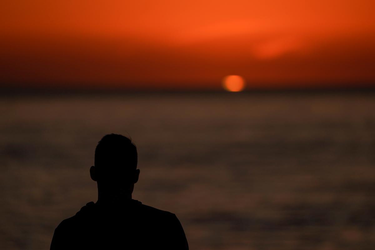 Весам 24 января светит сексуальный взрыв - Гороскоп на 24 января 2020 года
