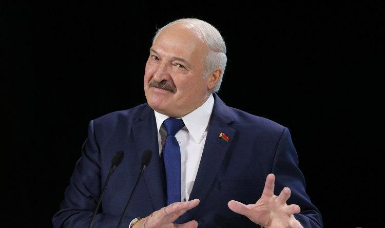 Лукашенко про коронавірус: рекомендації ВООЗ почитаємо, але нам видніше