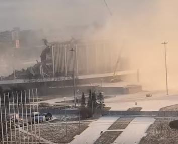 В Питере обрушилась крыша спортивно-концертного комплекса Петербургский, есть жертва - Новости Петербурга сегодня