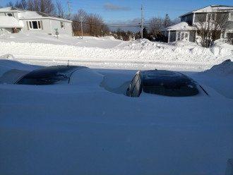 Высота снежного покрова местами достигает трех метров / twitter.com/ashleykf