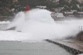 Ураган Глория бушует в Испании