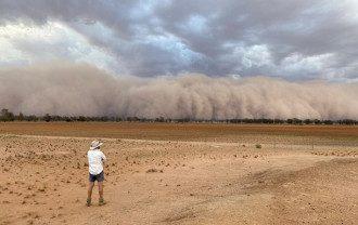 Песчаная буря в Австралии