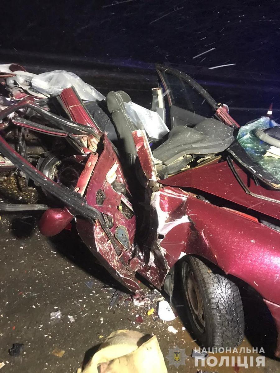 Жуткое ДТП под Харьковом унесло жизни пятерых человек