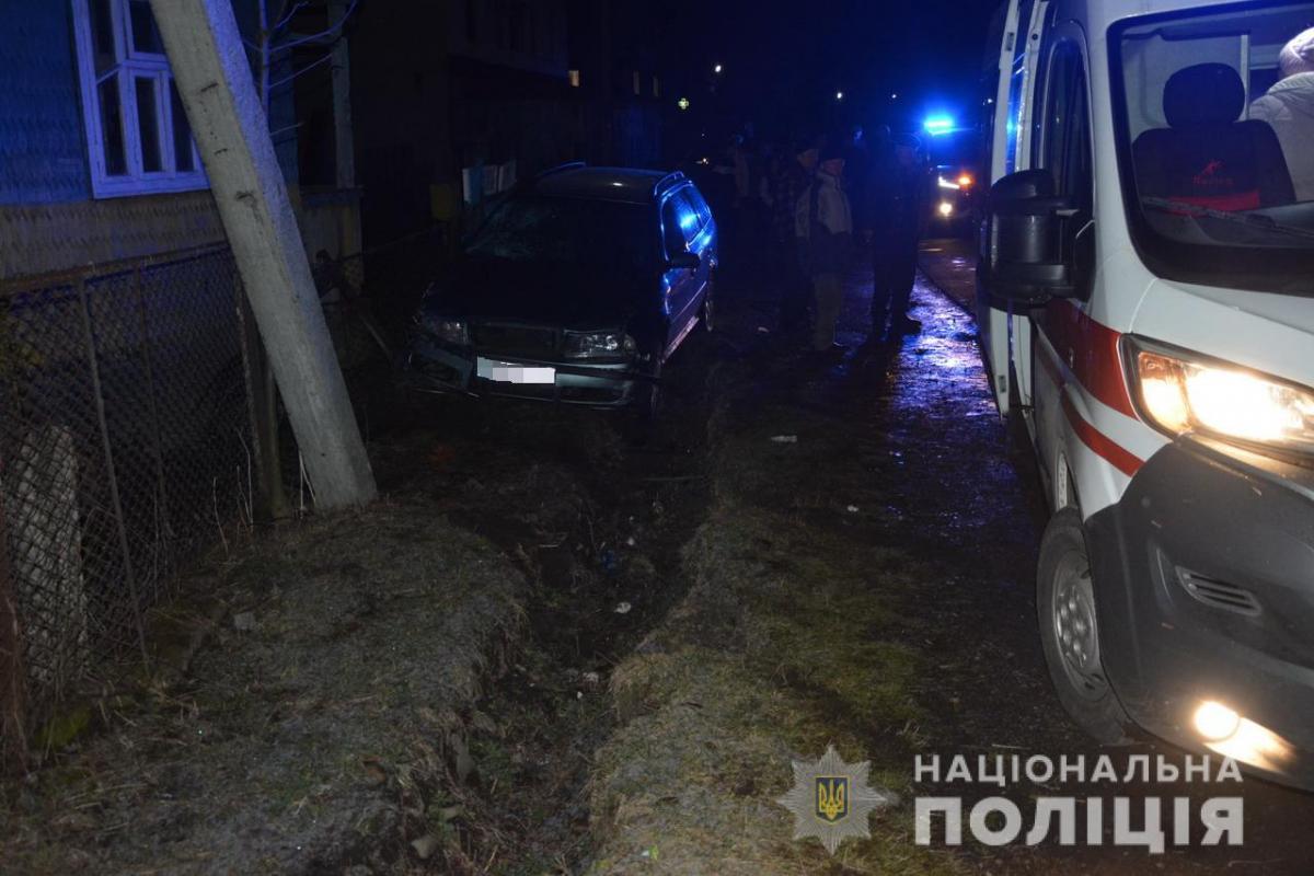 В Дулово Закарпатской области иномарка снесла женщин-пешеходов, есть жертва - Новости Закарпатья