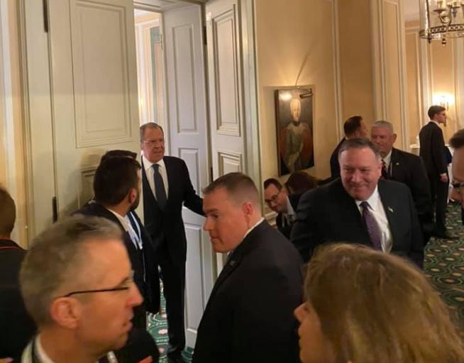Встреча Лаврова и Помпео – интригующее фото вызвало ахи и трепет
