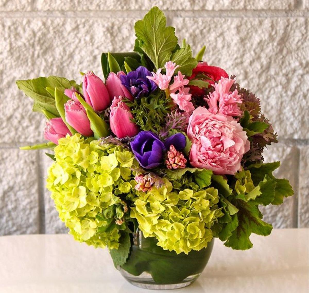 Які квіти дарують на 8 березня фото букета для мами