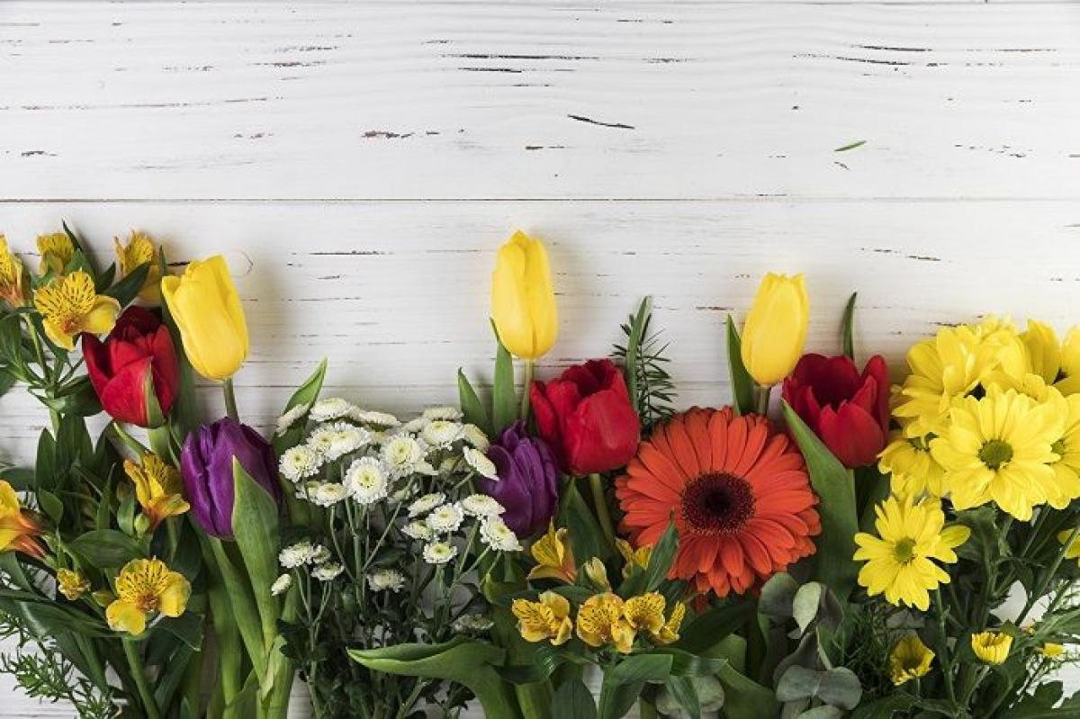 Какие цветы дарят на 8 марта фото букета для тещи свекрови и коллег