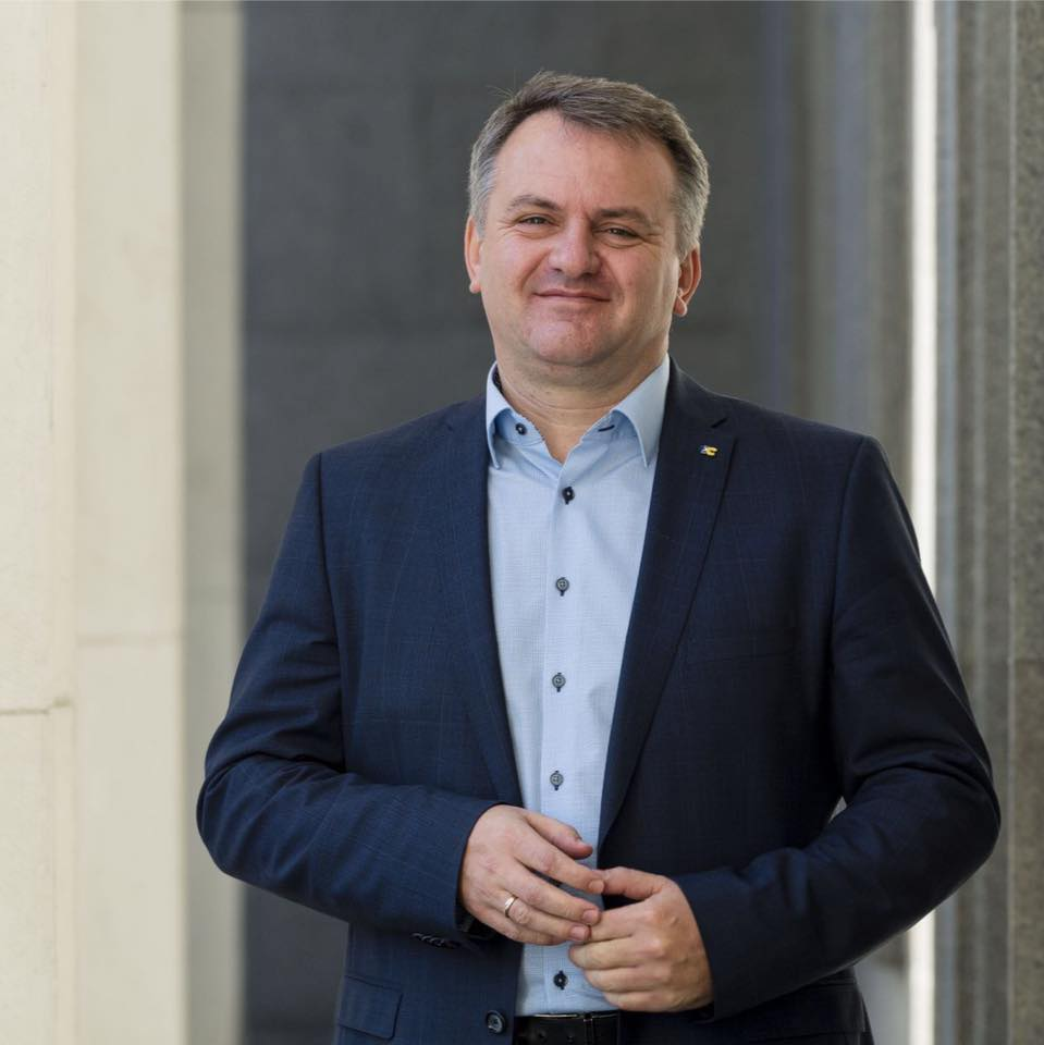 Олег Синютка