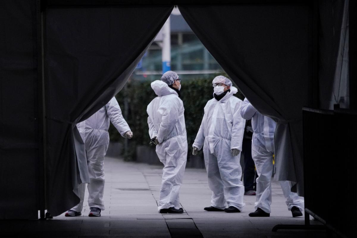 У Китаї помер излечившийся від коронавіруса