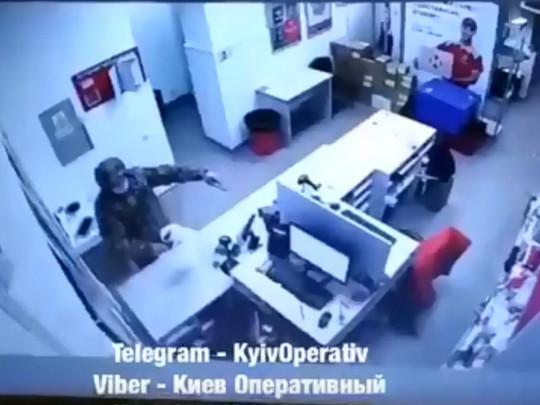 У Києві сталося зухвале пограбування Нової пошти