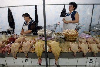 Журналісти з'ясували, що гузку, легені, голову та шкіру курки краще не їсти – Курятина шкода
