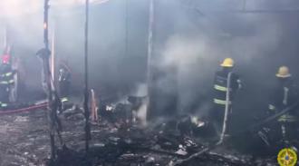 Пожар в ТЦ в пригороде Баку