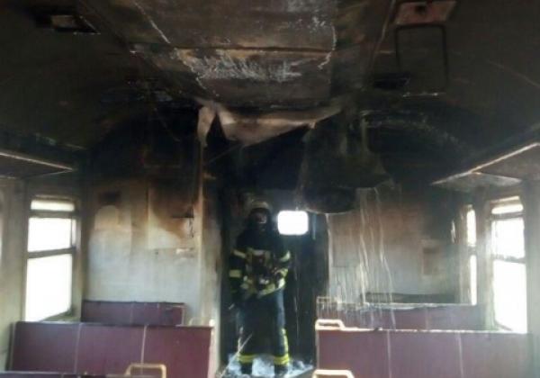 В Киеве сегодня горела электричка - Новости Киева