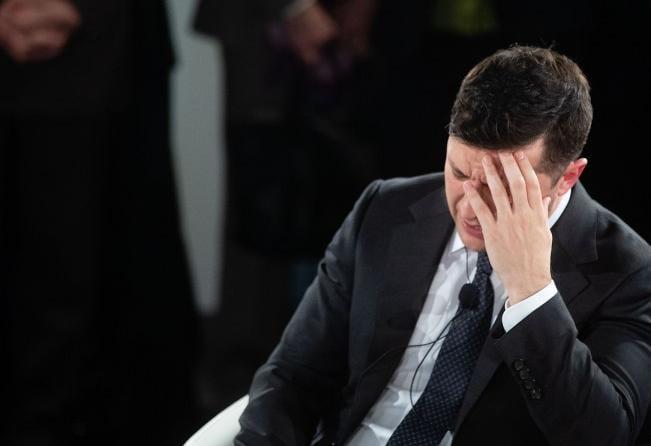 Эксперт полагает, что Владимир Зеленский сидит на пороховой бочке, в Украине может произойти военный переворот – Зеленский новости