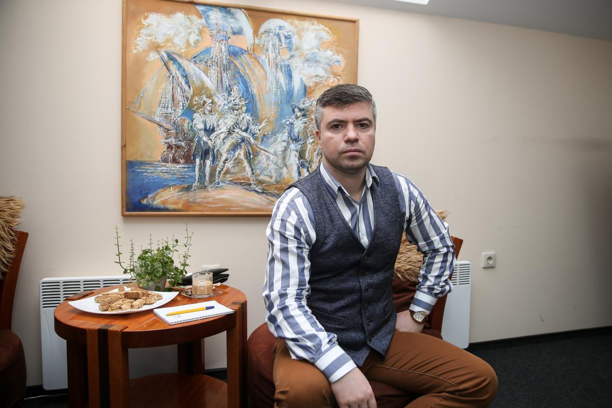 Олександр Бабич поділився, що сьогодні можна робити вклади в банк – Гороскоп на 16 квітня 2020 року