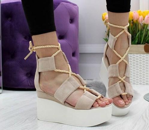 Модне взуття 2020 на літо