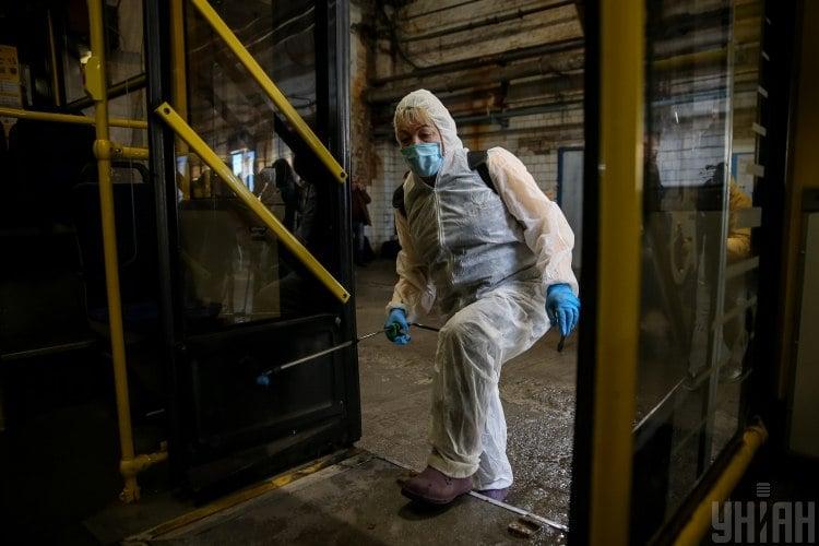 У Facebook прокоментували першу смерть від коронавірусу в Україні – Коронавірус Україна