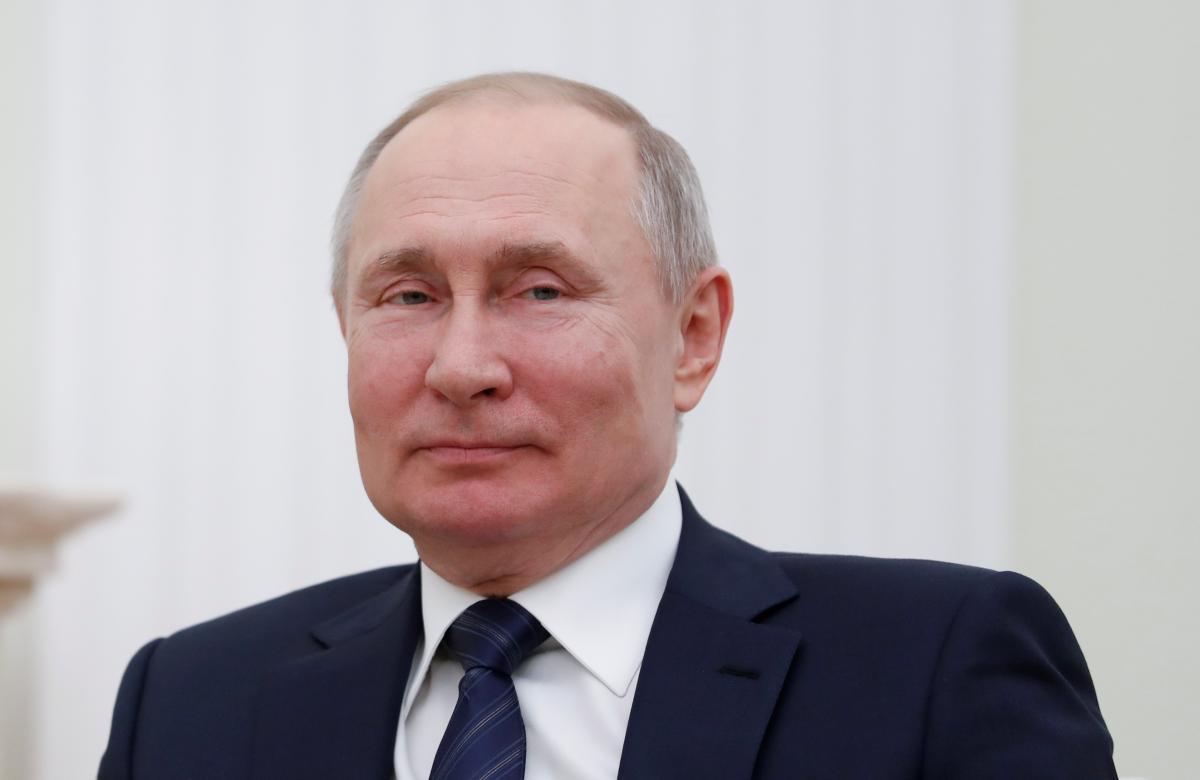 Бывший разведчик сказал, что Владимир Путин с товарищами похоронит РФ – Путин новости